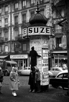 Vieux Paris Doisneau - La pub à Paris dans les années 50s - Photos anciennes et d'autrefois