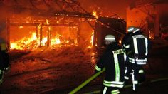 #Feuer verwüstet Bauernhof: rund 250.000 Euro Schaden  Ein #Feuer hat in der Nacht auf Freitag einen Bauernhof in Eschenberg bei Halblech (Landkreis Ostallgäu) verwüstet. Der Schaden beläuft sich auf rund 250.000 Euro.