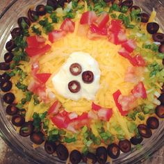 My guacamole for my cooking club! We are having a fiesta tonight! Guacamole Dip, Guacamole Recipe, Kourtney Kardashian Instagram, Dip Recipes, Food Dishes, Healthy Eating, Appetizers, Cooking, Breakfast
