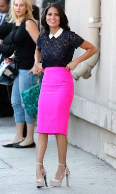 An outfit to make headlines in The Newsroom! Olivia Munn steps out in sheer lace top and striking pink pencil skirt : Making a statement: Olivia Munn wore a striking pink skirt as she arrived at Jimmy Kimmel Live! Hot Pink Skirt, Pink Pencil Skirt, Pencil Skirts, Neon Skirt, Pink Skirts, Work Fashion, Star Fashion, Womens Fashion, Hot Pink Fashion