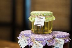 Z prestížnej celosvetovej súťaže Great Taste 2017, ktorá sa uskutočnila v Londýne, si rodinná firma Grgulovcov odniesla zlatú hviezdu za Agátový med a rovnako za Borovicový med.   Agátový med bol jedným z ocenených medov zo Slovenska.