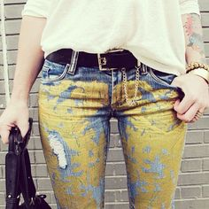 inspo (photo via Walters Urban Outfitters) Urban Outfitters, Denim Fashion, Fashion Outfits, Metallic Jeans, Cute Pants, Colored Jeans, Diy Clothes, I Dress, Outfits