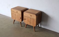 SECOND CHARM FURNITURE - MID CENTURY MODERN INFLUENCE | Bobs Furniture