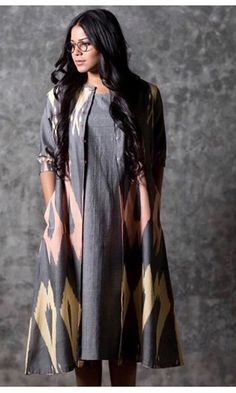 Order contact my whatsapp number 7874133176 Pakistani Dresses, Indian Dresses, Indian Outfits, Kurta Designs Women, Blouse Designs, Salwar Designs, Indian Attire, Indian Wear, Kurti With Jacket