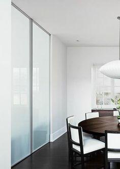 Раздвижные двери raumplus, матовое стекло в алюминиевом профиле raumplus
