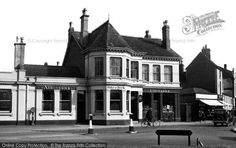 Old Photos of Harborne, West Midlands - browse nostalgic, historic local photos online Birmingham Pubs, Birmingham England, St Peter's Church, Duke Of York, West Midlands, Old Houses, Old Photos, Mansions, House Styles