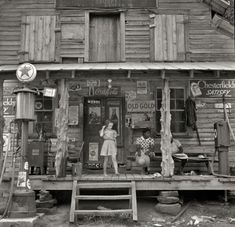 Country storefront (1939), a Rare View Of 20th Century Rural America