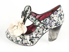 Skor - Irregular Choice: Can't Touch This