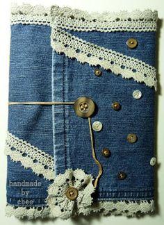 A réaliser à partir d'un vieux jeans :une carte,une trousse, une pochette ,un portefeuille....multi emplois l