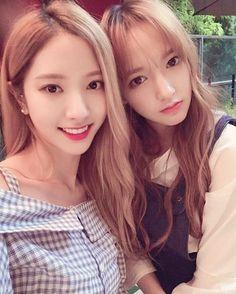 WJSN ♡ Bona 보아 (Kim JiYeon 김지연) & Chéng XiāoXiāo 程潇潇 성소 / 청샤오 161009 • 13 Secrets era BoXiao visual couple #바비인형 #우주소녀