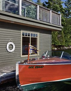 https://houseandhome.com/gallery/breathtaking-boathouses-youll-want-to-live-in/?utm_source=House & Home News