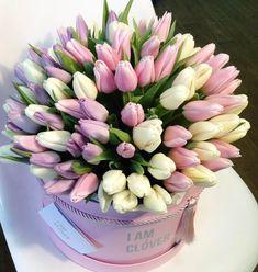 Tulips Flowers, Flowers Garden, Planting Flowers, Beautiful Flowers, Floral Centerpieces, Floral Arrangements, Bouquet Box, Garden Basket, Arte Floral
