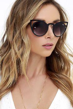 Quay Invader Black Sunglasses at Lulus.com! $50.00