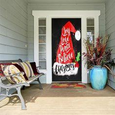 Christmas Door Decorations, New Years Decorations, Christmas Porch, Christmas Lights, Holiday Decor, Christmas Door Decorating Contest, Christmas Ideas, Merry Christmas, Football Door Hangers
