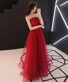 Description Burgundy tulle lace long prom dress, burgundy evening dress Material: lace, tulle Size: US US US US US US 12 US 2 Shoulder to 4 Shoulder to 6 Shoulder to 8 . Elegant Dresses, Pretty Dresses, Beautiful Dresses, Set Fashion, Fashion Dresses, Evening Dresses, Prom Dresses, Formal Dresses, Red Dress Prom