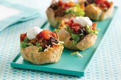 Hungry Girl Tiny Taco Salads- The World's Cutest Recipes! (New Mini Foods! Ww Recipes, Mexican Food Recipes, Cooking Recipes, Party Recipes, Mexican Dinners, Cooking Eggs, Girl Cooking, Cooking Oil, Muffin Recipes