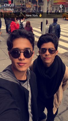 JOEL AND ERICK CNCO Cnco Snapchat, Joel Pimentel Snapchat, Twitter Bio, Latin Artists, Best Friend Goals, Perfect Man, Boys Who, Celebrity Crush, Love Of My Life