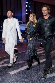 """GNTM 2017: Zum Stars der 12. Staffel """"Germany's Next Topmodel"""" wird ein Flughafen zum Catwalk umgebaut. Die Jury um Heidi Klum, Michael Michalsky und Thomas Hayo laden 50 Models aus ganz Deutschland ein."""