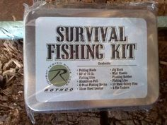 ROTHCO makes great miniature preparedness kits, perfect for a BOB, car, or even a jacket pocket! Get your Fishing and Survival versions at Gear Up Center! Survival Fishing Kit, Survival Knife, Emergency Bag, Adventure Gear, Tiny Food, Camping Hacks, Miniature, Bob, Pocket