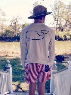 yepitsprep:  The brother is wearing chubbies and Vineyard Vines