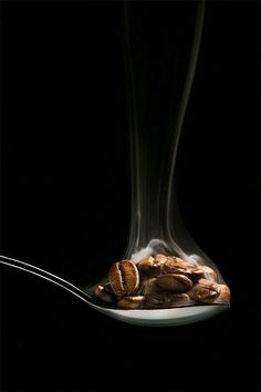 The only thing that motivates me to get up in the morning… it's you . HUMMM !! My coffee !!