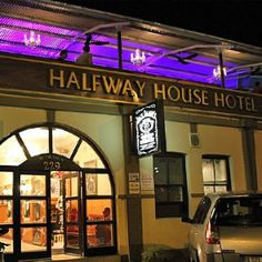 Halfway House Hotel - The Halfway House Hotel is situated in Kimberley, the capital of South Africa's Northern Cape Province and the diamond capital of the world. The Hotel was established in and situated on the Belgravia . Diamond City, Halfway House, My Town, Weekend Getaways, Places Ive Been, South Africa, Fields, Cape, Places To Visit