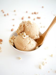 Only 3 ingredients needed for this healthy and creamy ice cream | www.andthentherewasfood.co.za