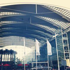 #CLT #Audi #Munich #hotel #VIP #Kempinski Waterloo Belgium, Audi, Glass Curtain Wall, Munich, Vip, Skyscraper, Multi Story Building, Louvre, Instagram Posts
