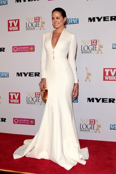When Jesinta Campbellshared a sneak peekof the back of her gown for theTV WeekLogie Awards to Instagram, we knew we were in for a knock-out. Predictably, we love everything about this figure-hugging, white Steven Khalil gown. A quick tally of theTV WeekLogie Awards red carpet shows many celebrity attendees areall about sparkle, sequins and skin on-show— but not Jesinta. Long sleeves and a to-the-floor length hinted at modesty, while the curve-clinging silhouette and plunging neckline…