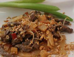 Lamm aus dem Wok mit Erdnüssen - Rezept - ichkoche.at