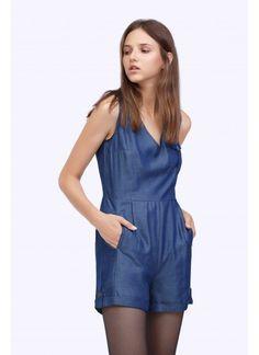 Combinaison short Couleurs disponibles: Jean bleu Composition: 100%…