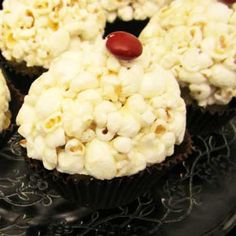 Popcorn Cupcake Party Favor - movie night awards party circus or carnival theme