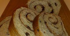 Adoro la avena, y la combinación de avena, pasas, miel, y canela es excelente en panes y galletas.Estees unode mis panes favoritos. Las ...