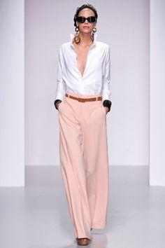 Sfilate Daks Collezioni Primavera Estate 2014 - Sfilate Londra - Moda Donna - Style.it