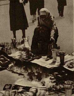 Negustoreasă în Târgul din Vitan - Realitatea Ilustrată(1936) Fictional Characters, Art, Art Background, Kunst, Performing Arts, Fantasy Characters, Art Education Resources, Artworks
