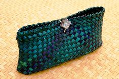 AllFlax - contemporary flax weaving: clutch