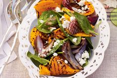 bbq pumpkin, red onion, spinach and feta salad add some beetroot- perfect! Spinach Salad Recipes, Spinach And Feta, Spinach Leaves, Baby Spinach, Onion Salad, Feta Salad, Primal Recipes, Healthy Recipes, Gf Recipes