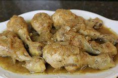 Muslos de pollo encebollados