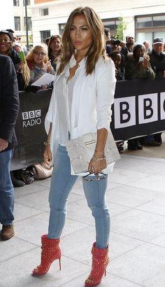 Jennifer Lopez In Skinny Jeans JLo-LouboutinBooties-04.jpg