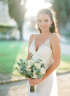 Portrait of the bride Decorating With Herbs, Destination Wedding, Wedding Day, Tuscan Wedding, Wedding Bouquets, Wedding Dresses, Bridal Boudoir, Most Beautiful, Monday Blues