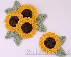 4 Crochet Sunflower Daisy Flower Embellishments w/ Leaves Scrapbook Applique (226-2)
