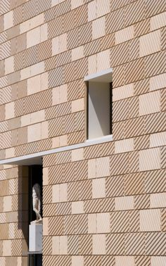 http://fernandocarrasco.net/gallery/0030-Museo-Teatro-Romano-Cartagena-Rafael-Moneo/G00008jAbSYOXqeE Museo-Teatro Romano de Cartagena ARQUITECTO/ARCHITECT:Rafael Moneo LOCALIZACIÓN/LOCATION:Plaza del Ayuntamiento nº9, 30201 Cartagena