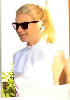 Gwyneth Paltrow Photos - Gwyneth Paltrow Stops By Her Store Goop - Zimbio