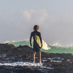 Snapper Rocks a few days ago! #RainbowBay #SnapperRocks #GoldCoast #Surf #Surfing #Waves #Surfboard #Sea #Beach #Australia #Swell #GoldCoast4U #RedBull #WSL #VisitGoldCoast #AusFeels #Surfline #Sunset #Barrel #SurfingMagazine #IGWorldClub #IG_Australia #18SecondsMag #CoastalWatch #Billabong #CoronaExtra_AU #Sonya6000 #SurfStitch #SonyAlpha by _joaodecarvalho_