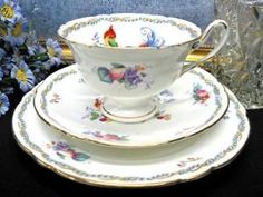SHELLEY TEA CUP AND SAUCER TRIO VERSAILLE TEACUP BIRDS
