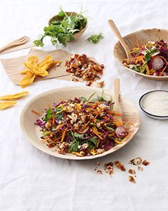 Fruity Slaw With Cashew and Sunflower Seed Brittle Lunch Recipes, Easy Recipes, Easy Meals, Fruit And Veg, Fresh Fruit, Healthy Life, Healthy Living, Dressings, Salads
