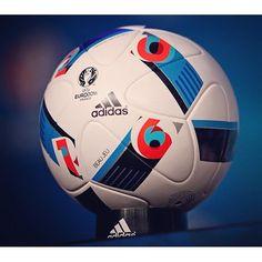 cheaper 953a1 39661 Este es balón oficial de la  euro su nombre es  beautifulgame. Soccer Ball