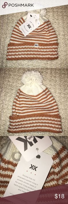 [CauseBox] Hand Knit Hat Came in this month's CauseBox. Hand knit. Accessories Hats