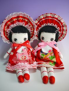 Two bunka dolls!