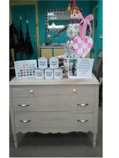 waxing over chalk paint